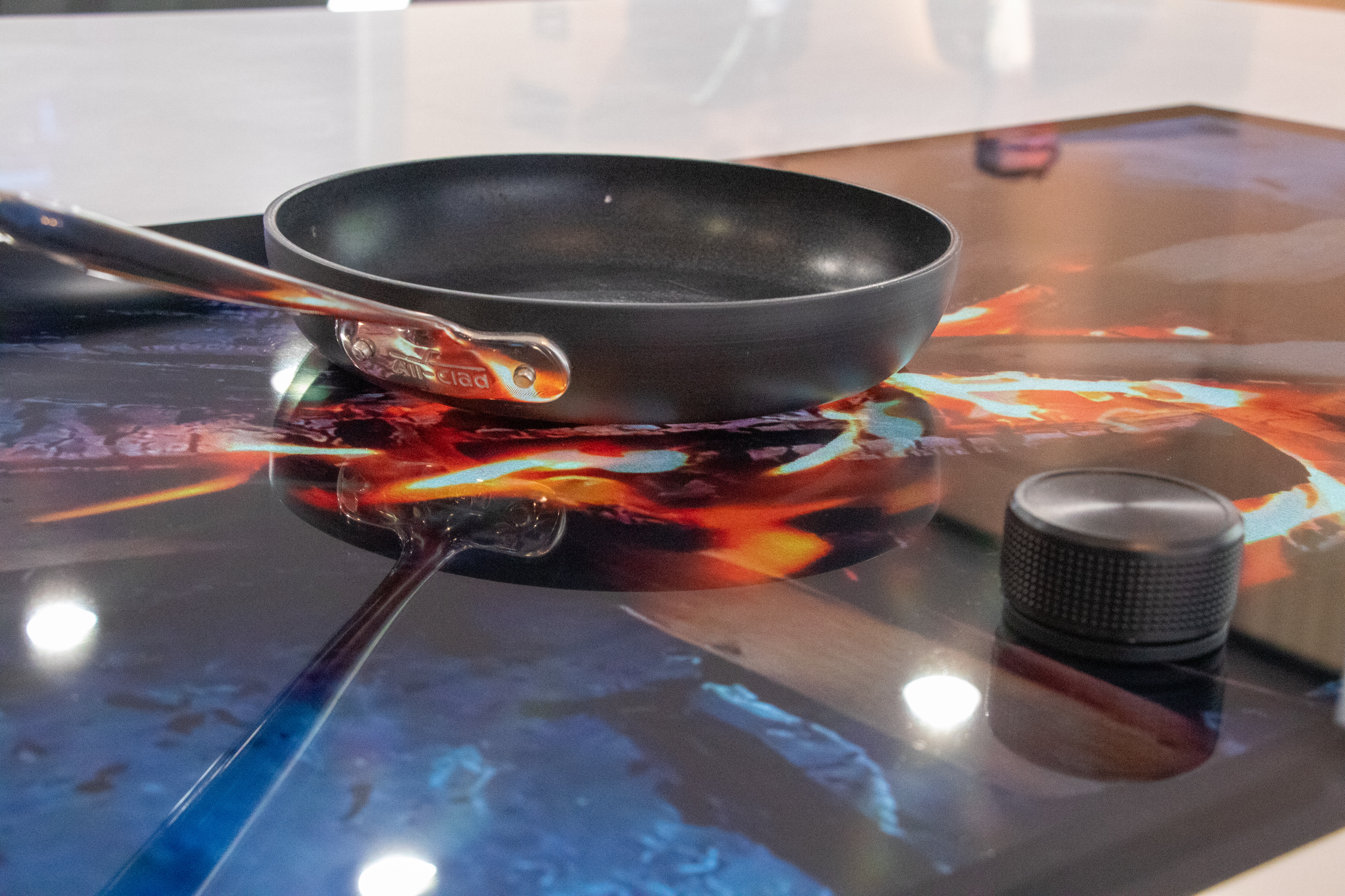 GHSP to Reveal World's Most Entertaining Induction Cooktop at CES Featured Image